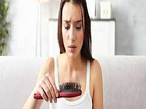 أسباب لتساقط الشعر لدى النساء