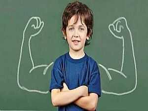 الأفعال التي تزيد ثقة الطفل بنفسها