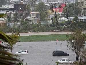 الإعصار ماريا يدمر جميع شبكات الكهرباء في بورتوريكو و3.5 مليون شخص يغرقون في الظلام