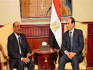 الرئيس السيسى يجرى اتصالا بالبشير للاطمئنان على صحته