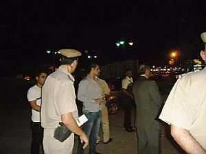 انفجار قنبلة أسفل سيارة أمن مركزي.. واستشهاد ضابط وإصابة آخرين
