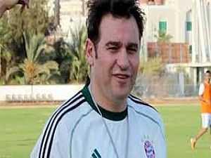 خالد جلال المدير الفنى للفريق الأول لكرة القدم بنادى الزمالك