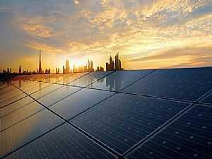 دبي تعتزم توليد 75% من استهلاكها للكهرباء بالطاقة النظيفة وتنفذ أضخم مشروع للطاقة الشمسية في العالم
