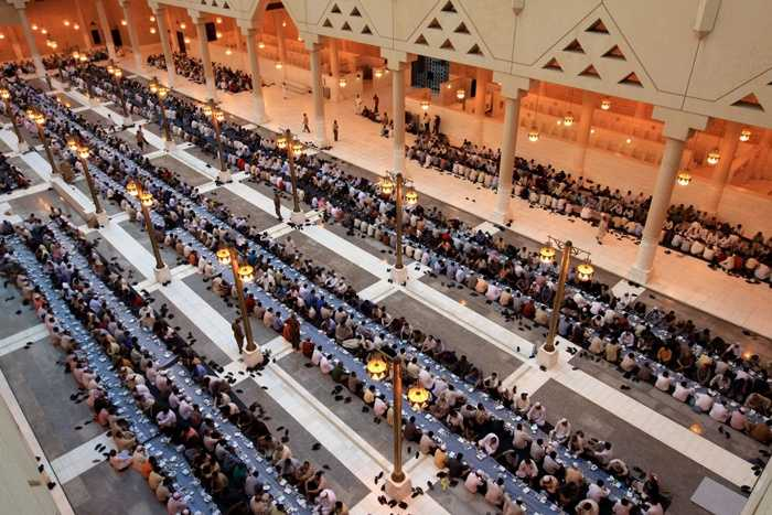 صور رمضان حول العالم Photos_6186BEE1-A88E-4CAA-95FA-9FBF5124B56B